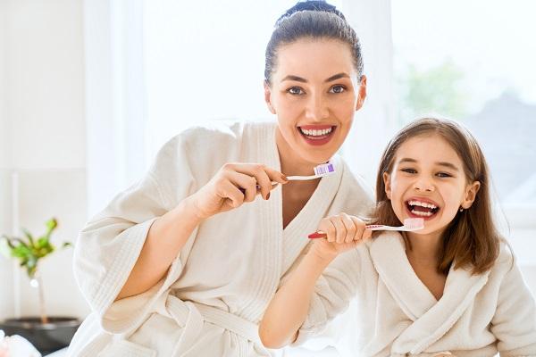 L'importanza di sapersi lavare bene i denti   Dentista La Rocca