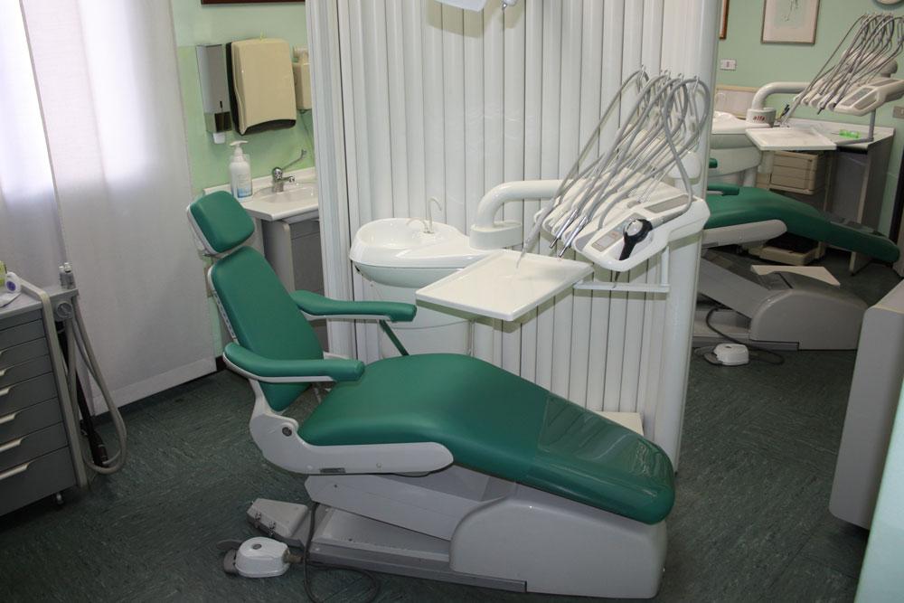 Studio odontoiatrico a Legnano: Dott. La Rocca