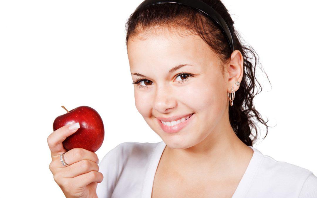 Denti bianchi Legnano con l'aiuto del dentista La Rocca