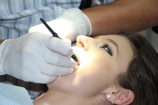 Qual è la differenza tra dentista ed ortodontista?